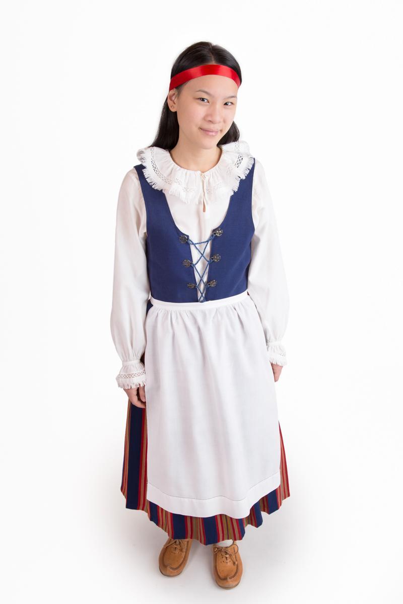 Keski-Suomen tytön puku