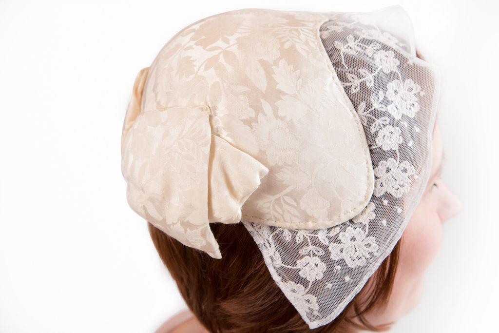 Saarijärven naisen puvun päähine