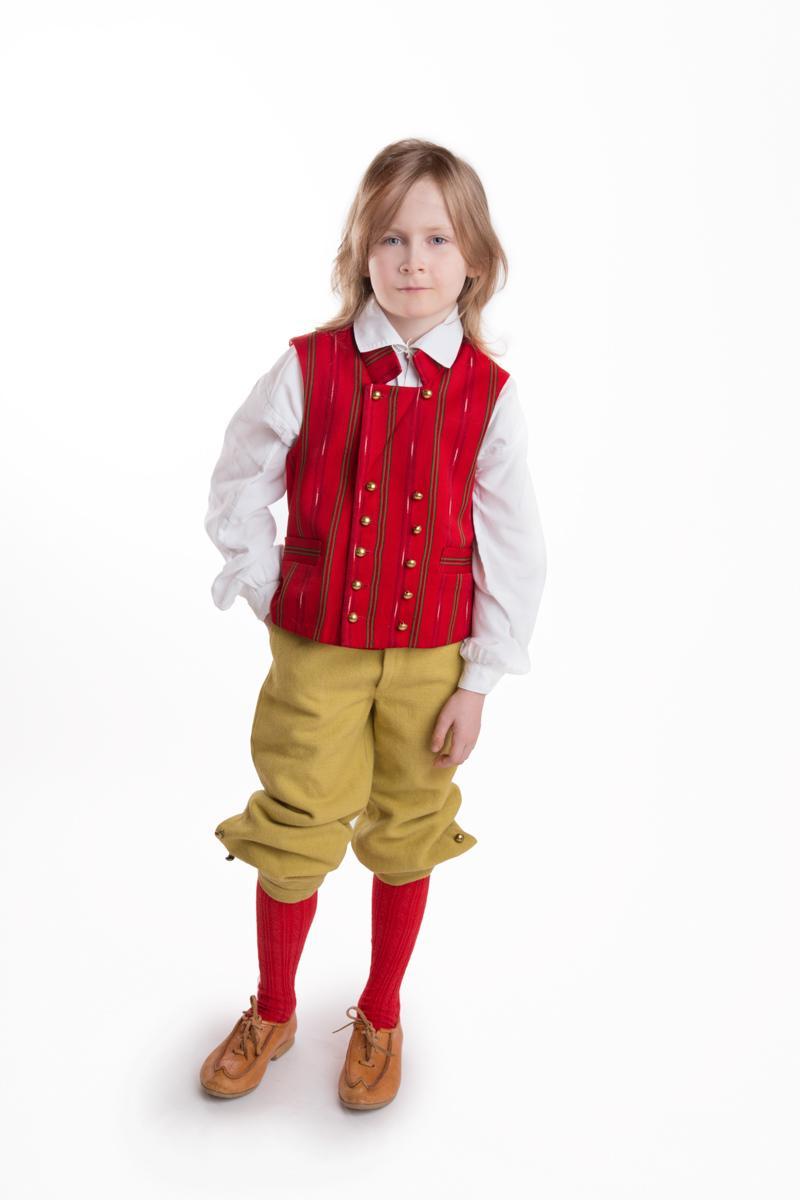 Säkylän pojan puku