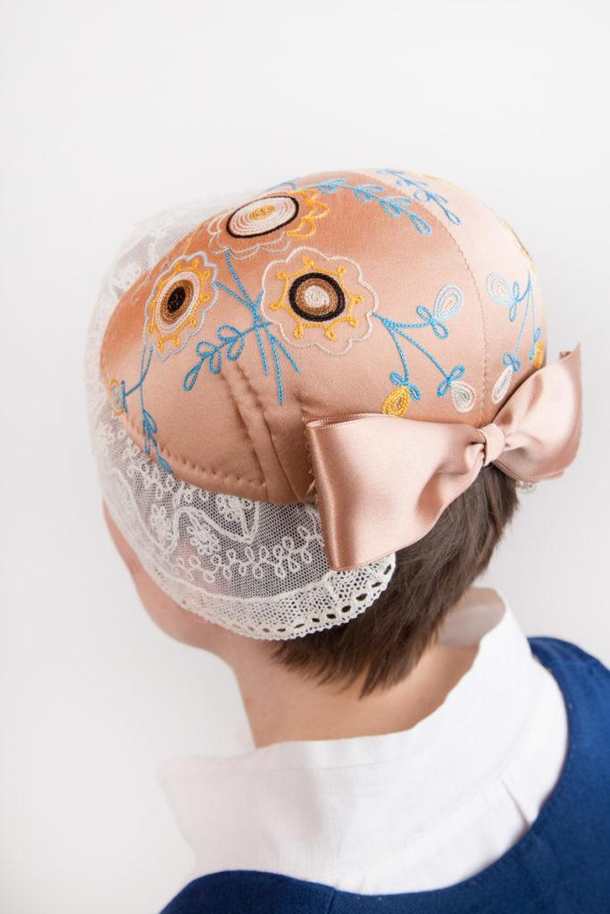 Ylä-Savon naisen kansallispuvun päähine